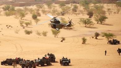 Photo of مقتل 13 عسكريا فرنسيا في تصادم مروحيتين في مالي