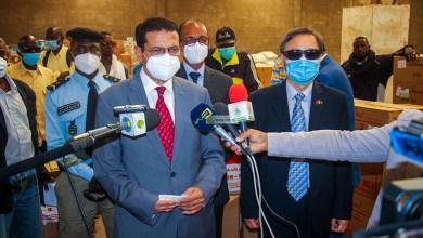 Photo of وزير الصحة : فحوصي سالبة وسأواصل الحجز الاحترازي