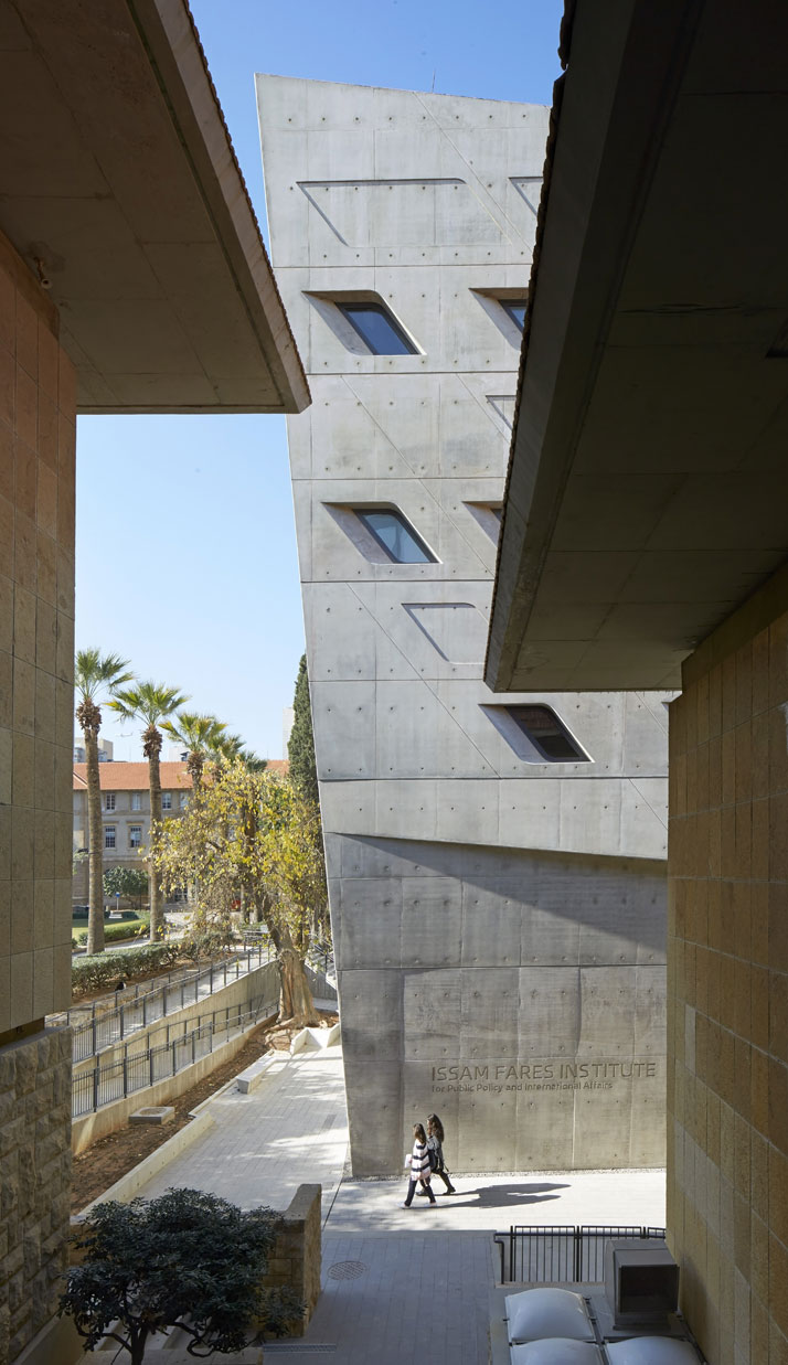 44zaha-hadid-Issam-Fares-Institute-for-Public-Policy-and-International-Affairs-at-the-American-University-of-Beirut