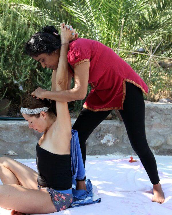 ayurvedic-yoga-massage-training-taruna-feb-16