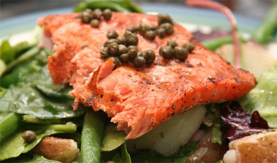 تعديل المزاج المتقلب – فوائد سمك السالمون ( دهون أوميغا 3) الصحية