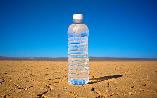 تعديل المزاج المتقلب – فوائد شرب الماء يومياً على الصحة النفسية