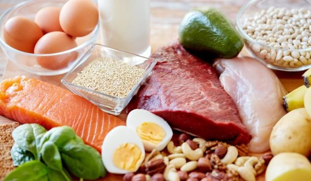 الأطعمة الأساسية في نظام الأتكنز