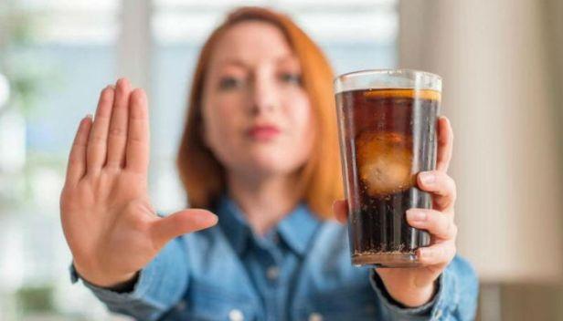 الإمتناع عن المشروبات الغازية