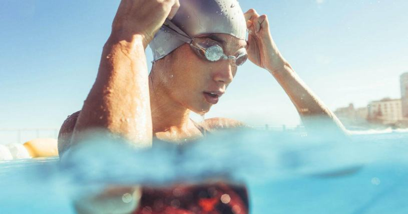 رياضة السباحة