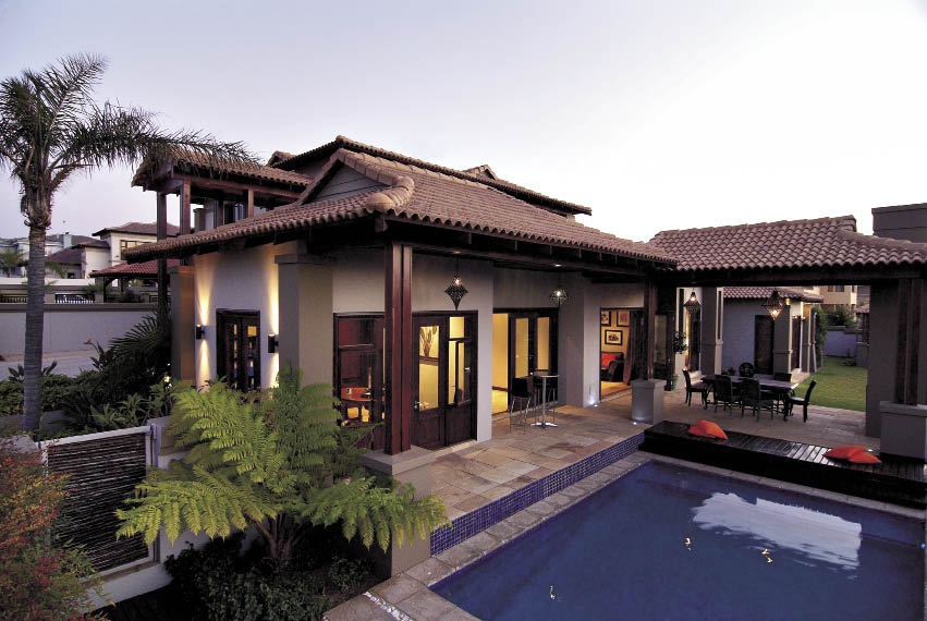Outdoor Living Rooms Roofs