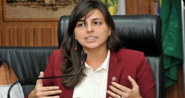 Natália Bonavides é vereadora pelo PT