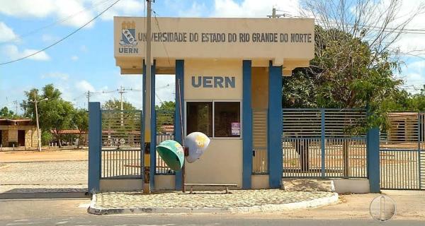 UERN vem sofrendo um processo de sucateamento pelo governo do Estado