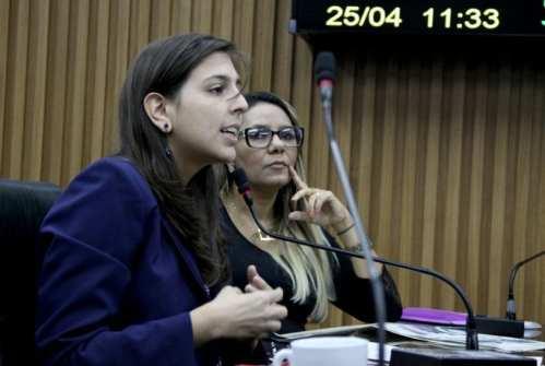 Natália Bonavides é a relatora do PL sobre licitação do transporte público