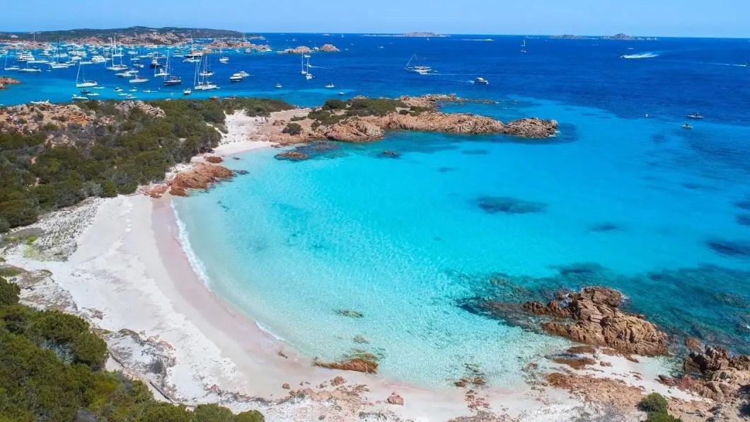 Sardegna e costiera Amalfitana sulla barca di un vero comandante.
