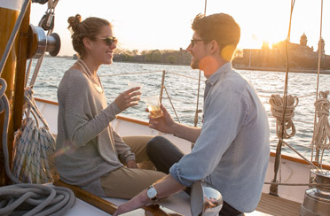 Best NYC Romantic Date Idea NY Harbor Sunset Sails Amp City Lights Cruises