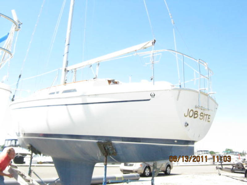 1988 Ericson 26 Sailboat For Sale In Michigan