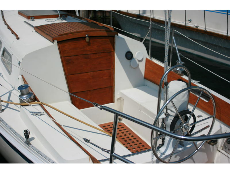 1977 Ericson 32 2 Sailboat For Sale In New York