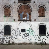 crown_heights_grafitti