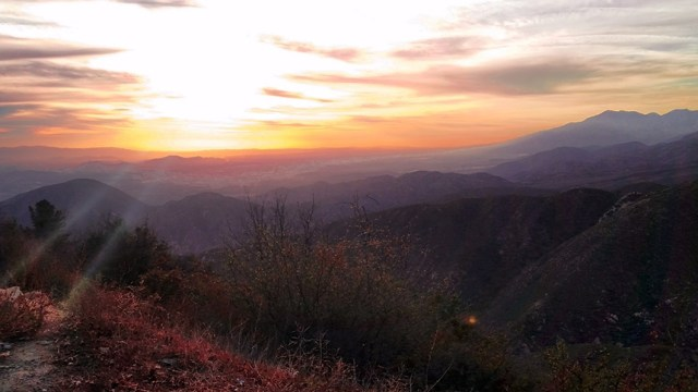 Mountain_Sunset_California