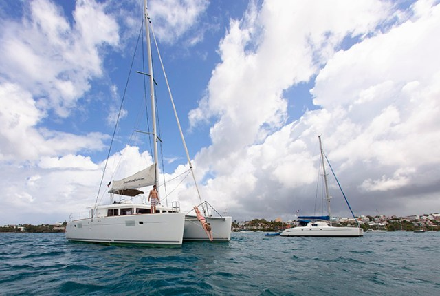 What to pack for the perfect sailing charter vacation