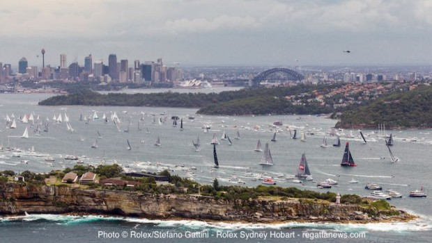 Sydney Hobart Chinese Entry Ark323 Out Of The Race Comanche Storming Gtgt Scuttlebutt Sailing News