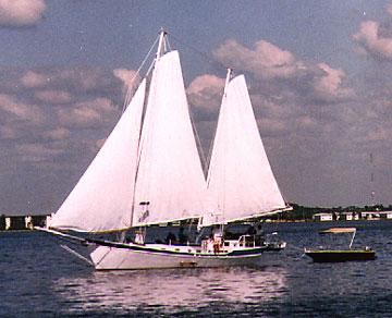 42 Colvin Gazelle Yacht For Sale
