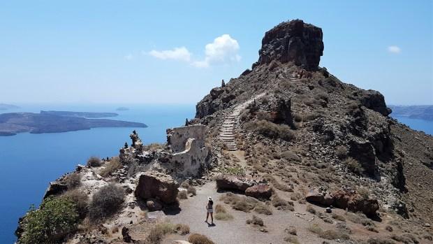 Rocher de Skaros à Santorin