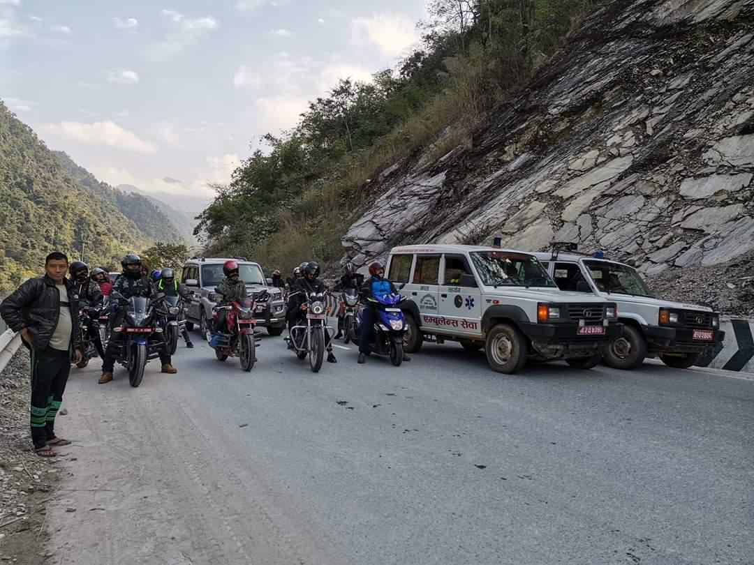 पहिरो अपडेटः पहिरो हटाएर अवरुद्ध राजमार्ग सुचारु