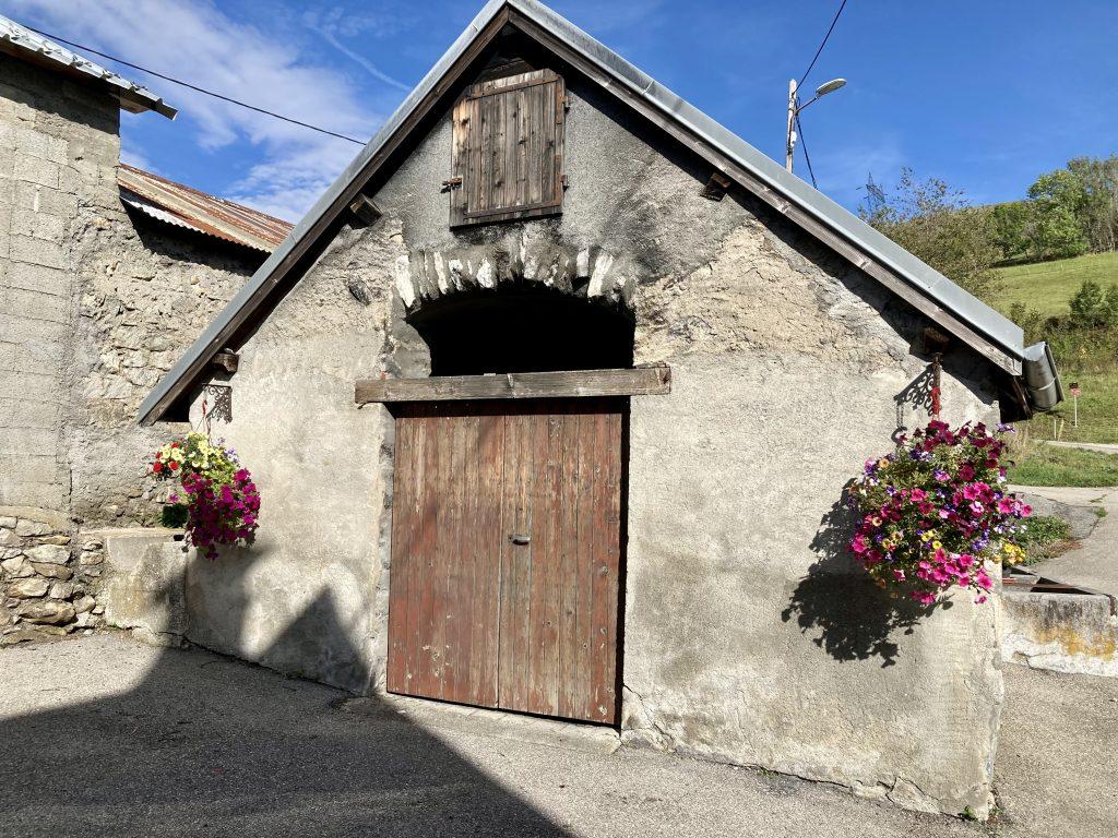 Four communal de Villelonge
