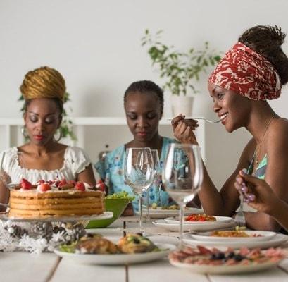 women_eating