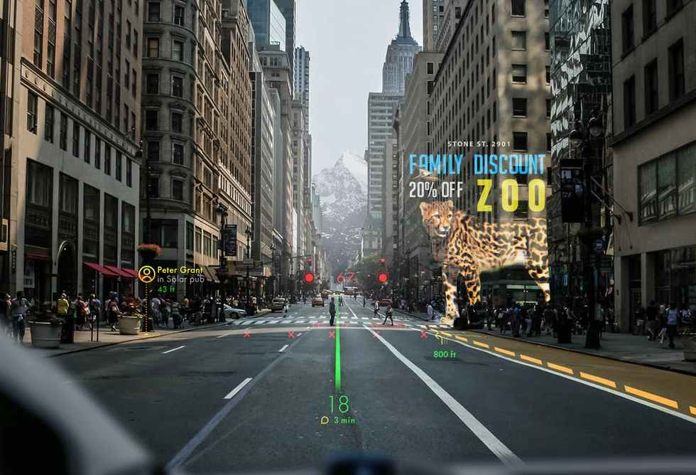 Holographic Augmented Reality Navigation System