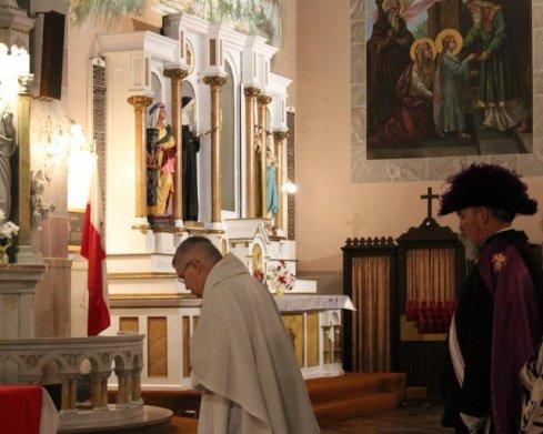 Fr Michael Burzynski, Celebrant