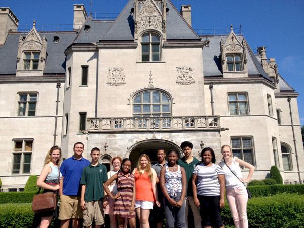 Graduate Support Program tour of Salve Regina