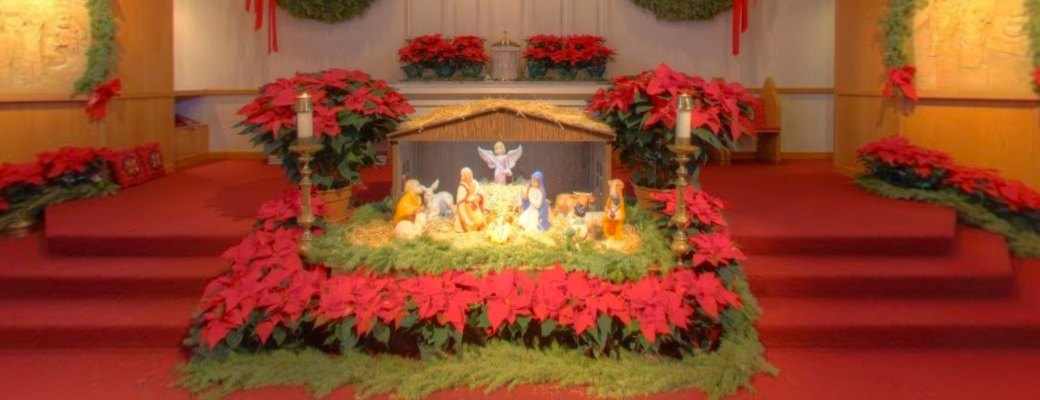 Take a Virtual Tour of the Church in Its Christmas Splendor!