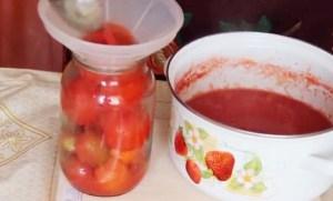 pomidory-v-sobstvennom-soku-bez-sterilizacii2