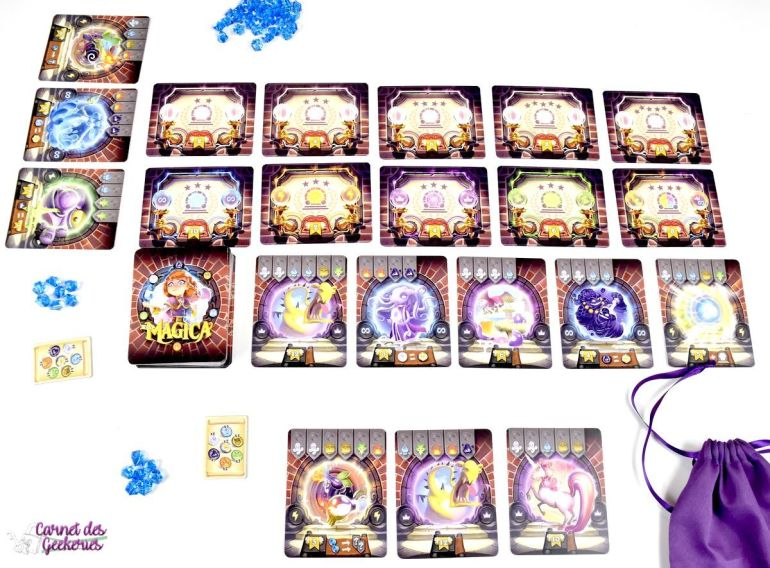cartes et matériel du jeu Via Magica