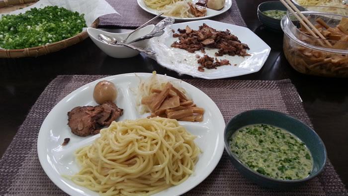豆乳つけ麺 今月のスタッフ昼食会