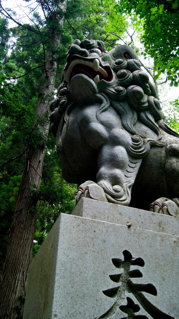 戸隠奥社の狛犬