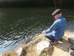 151022平谷湖釣りお爺さん02