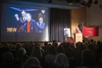 Eröffnung der Gedenkfeier durch Bezirksbürgermeister Rainer-Jörg Grube