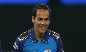 IPL2021: Rahul Chahar Shares Pic With Partner Ishani Became Viral