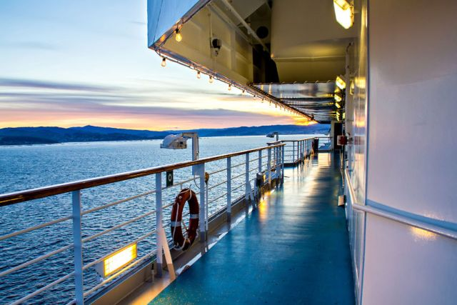 Cruises Around Japan: Keep your Internet Afloat on your Trip