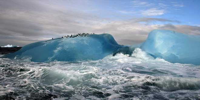 blue-iceberg-sandwich-islands