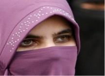 Cadar-wanita ini dipaksa buka hijabnya-ilustrasi-jpeg.image