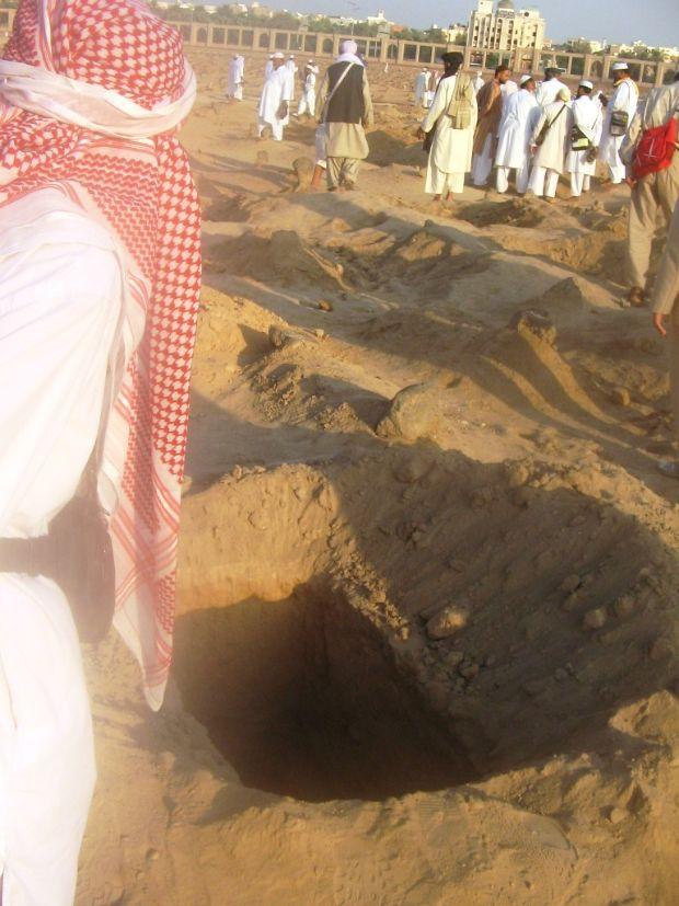 kuburan yang nyunnah sesuai syariah-baqi-4-jpeg.image