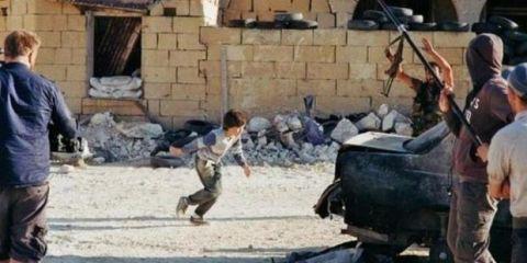 Norwegia-Video bocah Suriah yang selamatkan seorang gadis cilik di bawah tembakan sniper ternyata buatan seorang sutradara Norwegia dan direkam di Malta-jpeg.image