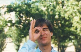 Alex Gordon la O con el dedo