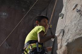 Cuarto y Quinto Escalando en el monolito de Rivas (18)