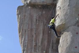 Cuarto y Quinto Escalando en el monolito de Rivas (21)