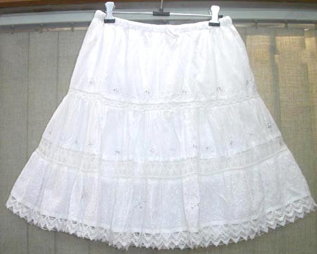 https://i2.wp.com/www.salecatcher.com/wholesale-clothing/bali-beach-clothing-l/6pleats-mini-skirt-001.jpg