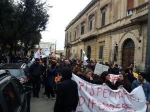 manifestazione no tap lecce 16 marzo 2018 via stazione