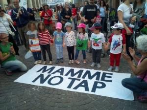 no al gasdotto - manifestazione mamme no tap