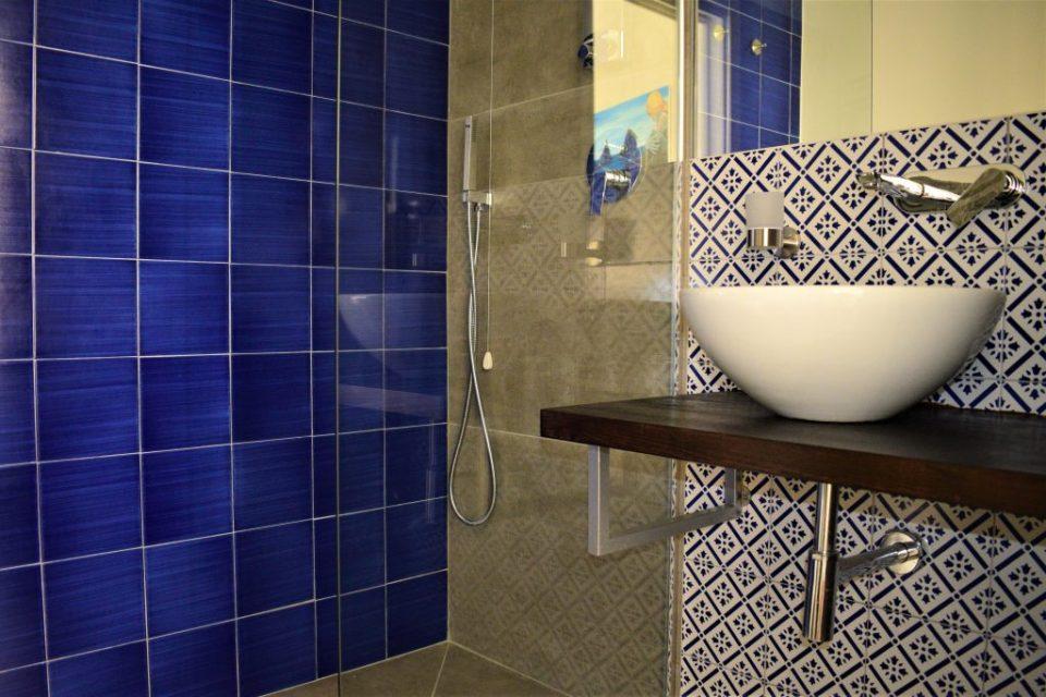 bed and breakfast vietri 360 - bathroom