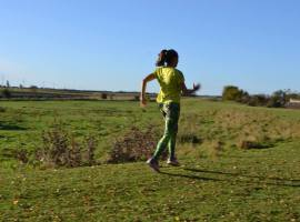 Ever tried running backwards – well have some fun with Running Retro